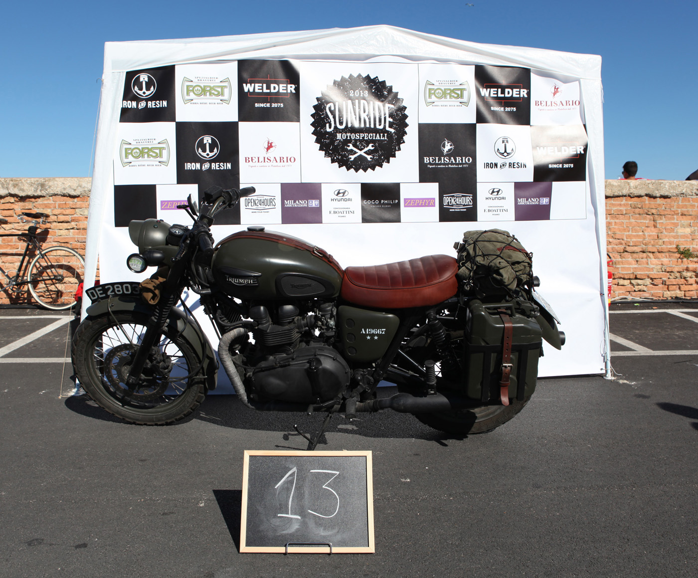 Triumph Bonneville - 2007 / The Great Escape  - 2010 by Dino Romano